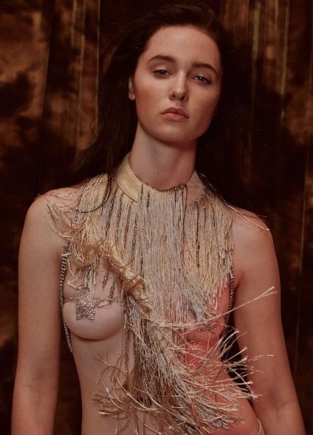 Lauren  Nikrooz - V MAGAZINE