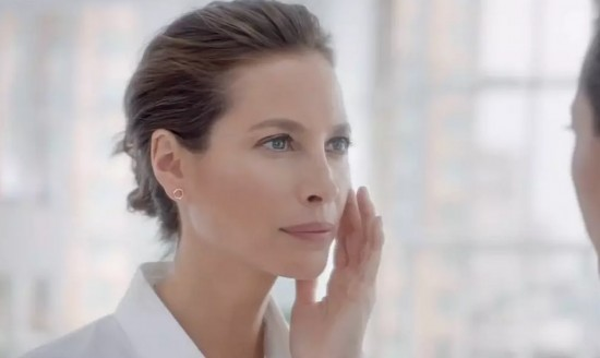 Lauren  Nikrooz - BIOTHERM - CHRISTY TURLINGTON